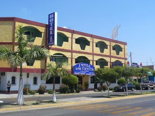 호텔 라스 푸엔테스