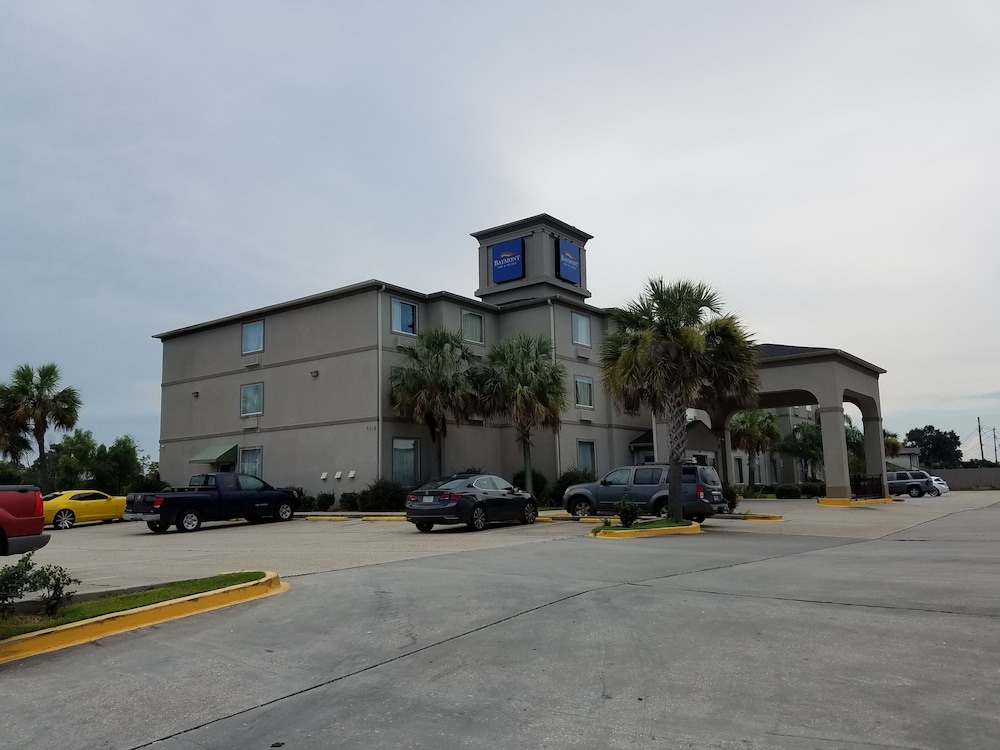Baymont inn suites marrero in marrero hotel rates for The baymont
