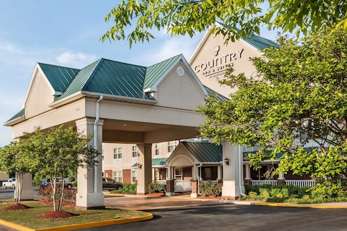 Country Inn & Suites by Radisson, Chester, VA