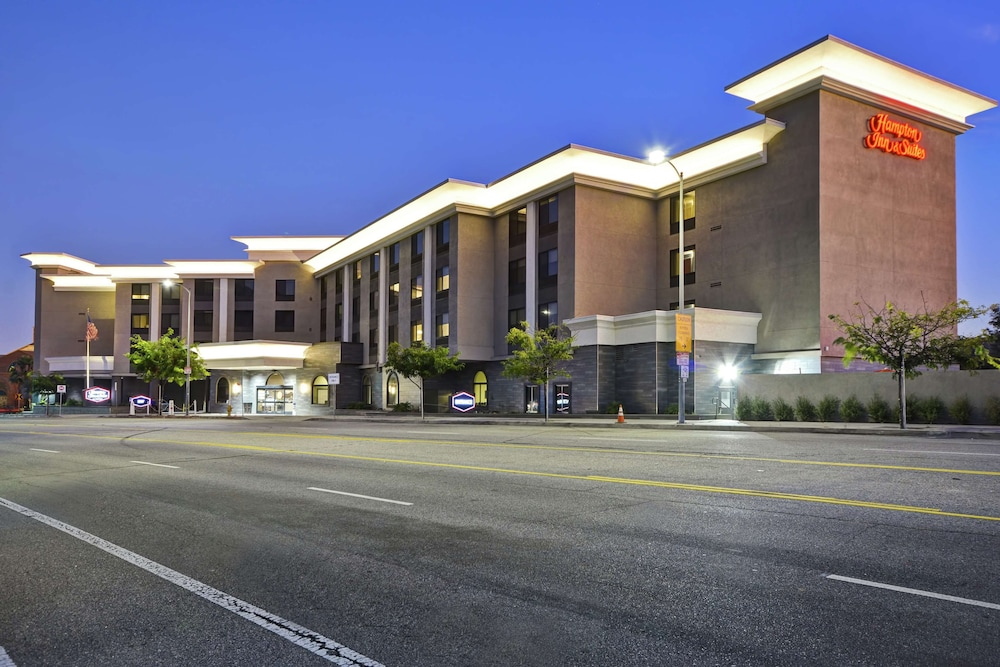 Exterior, Hampton Inn & Suites Los Angeles Burbank Airport