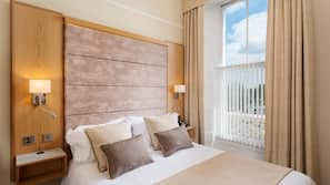 Select Comfort beds, in-room safe, blackout curtains, free WiFi