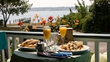 Stirling House Bed & Breakfast - Greenport Hotels