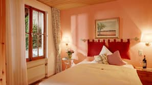 Hochwertige Bettwaren, Daunenbettdecken, Zimmersafe
