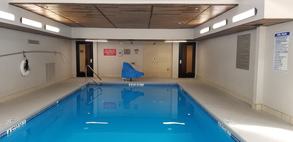 Indoor Pool, Country Inn & Suites by Radisson, Canton, GA