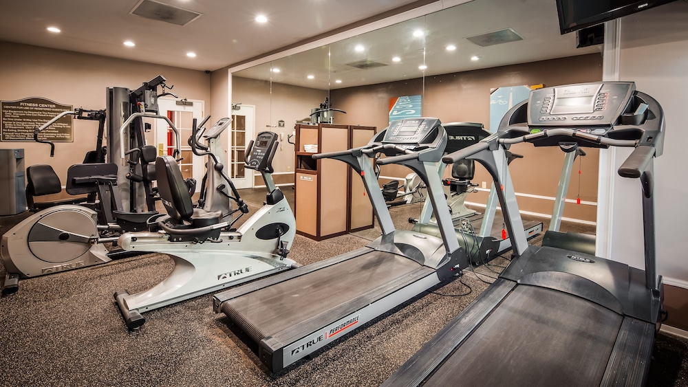 Fitness Facility, Best Western Plus Airport Inn & Suites