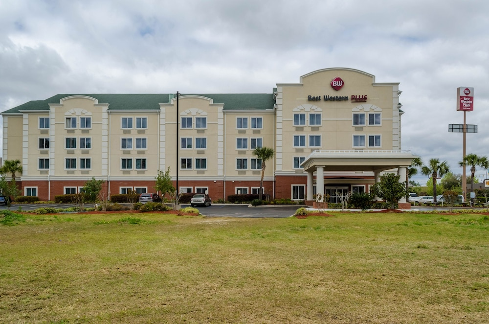 Front of Property, Best Western Plus Airport Inn & Suites