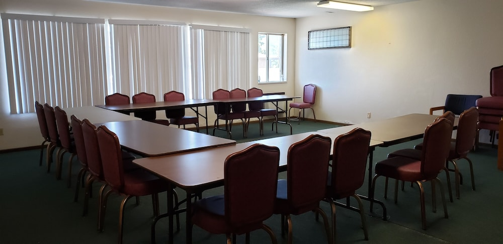 Meeting Facility, Family Budget Inn Bethany