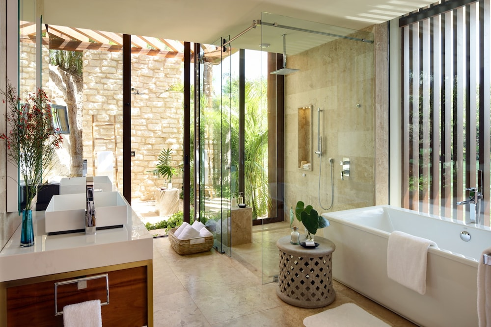 Bathroom, Rosewood Mayakoba