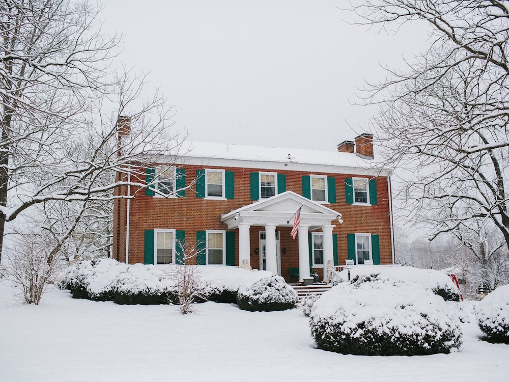 Exterior, Cave Hill Farm Bed & Breakfast