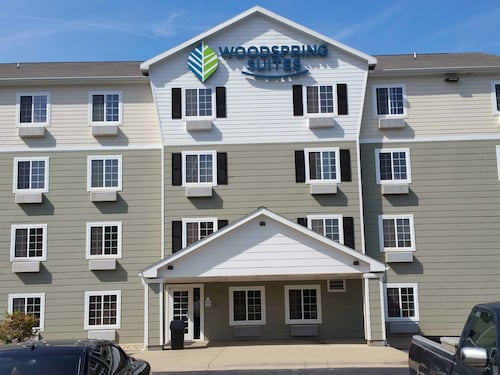 Check Expedia for Availability of WoodSpring Suites Lakeland