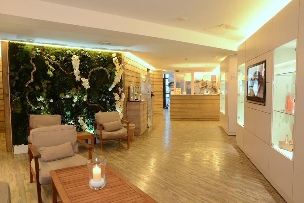forges hotel seine maritime france expedia. Black Bedroom Furniture Sets. Home Design Ideas