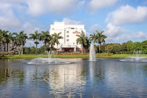 西棕榈滩豪顿温德姆酒店