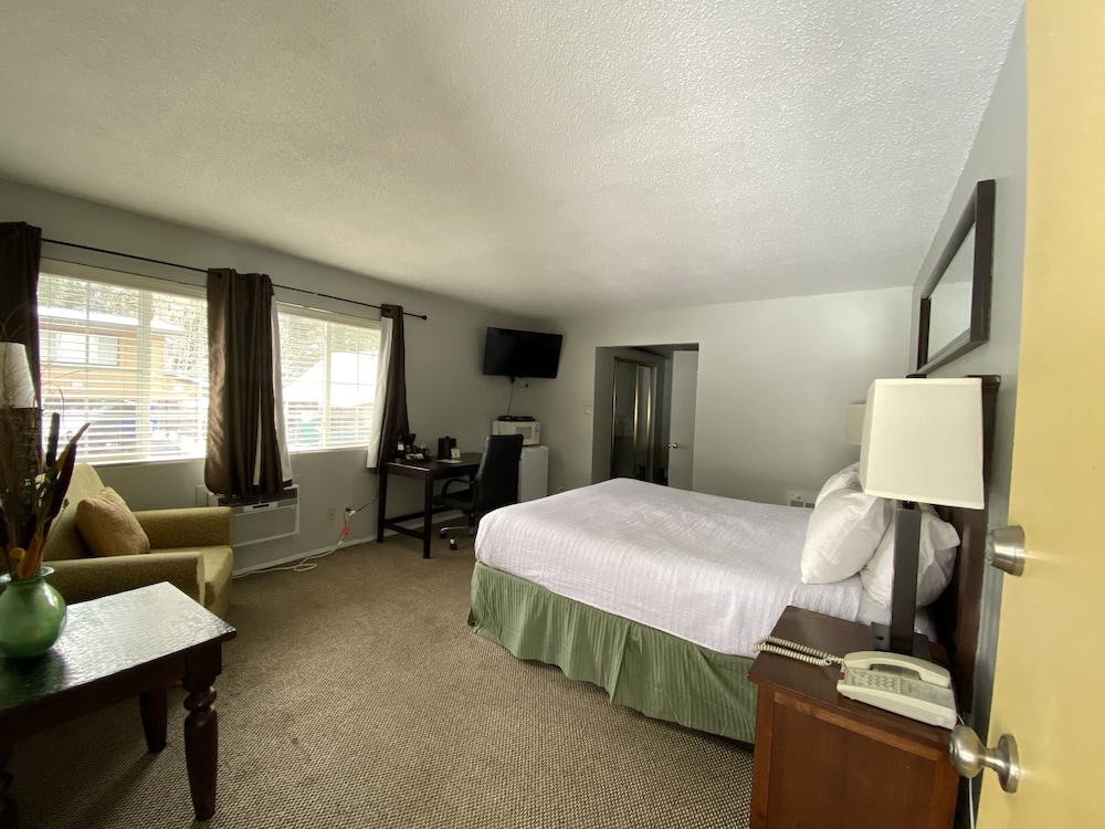 Room, Heavenly Inn