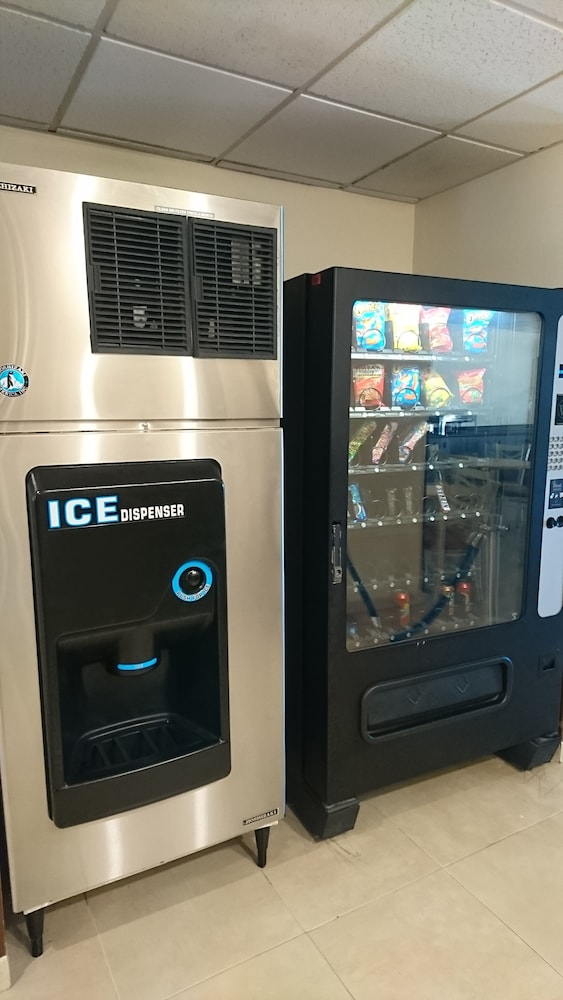 Vending Machine, Microtel Inn by Wyndham Ciudad Juarez/By US Consulate