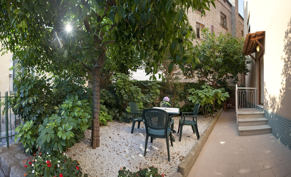 Terrace/Patio, Hotel Regina Sorrento