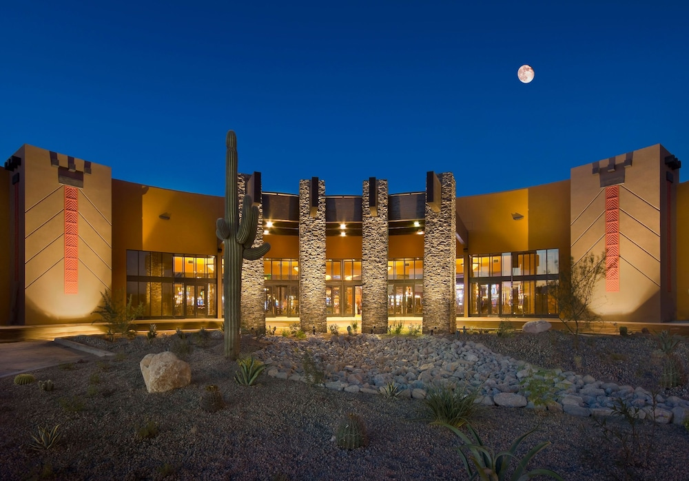 Front of Property, Desert Diamond Casino & Hotel