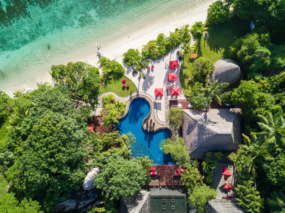 Outdoor Pool, Anantara Maia Seychelles Villas