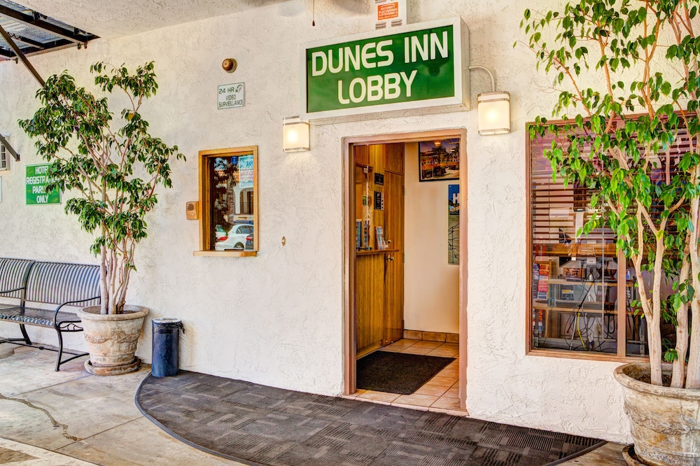 Lobby, Dunes Inn Sunset