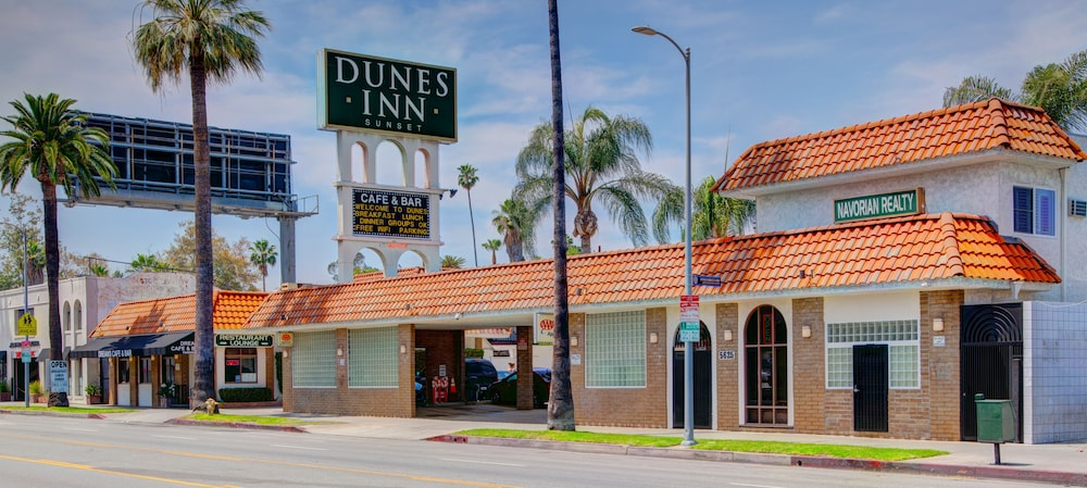 Exterior, Dunes Inn Sunset