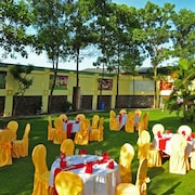 Khu tổ chức tiệc cưới ngoài trời