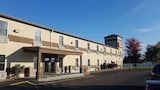 Econo Lodge & Suites Granite City - Granite City Hotels
