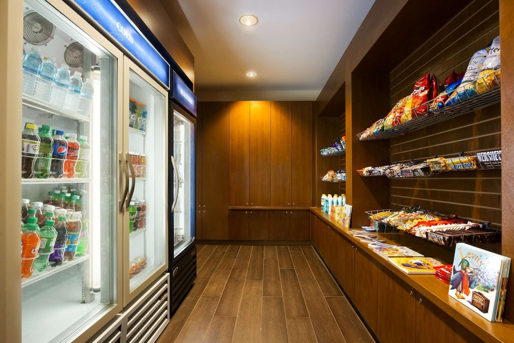 Snack Bar, Homewood Suites by Hilton Baltimore Inner Harbor