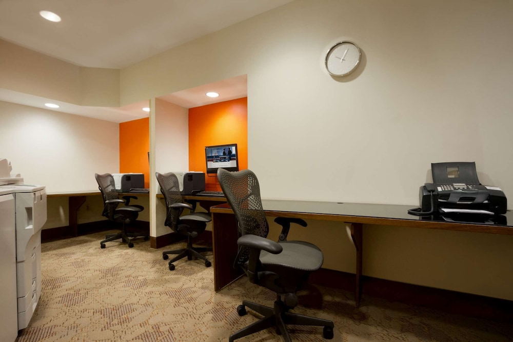 Business Center, Homewood Suites by Hilton Baltimore Inner Harbor