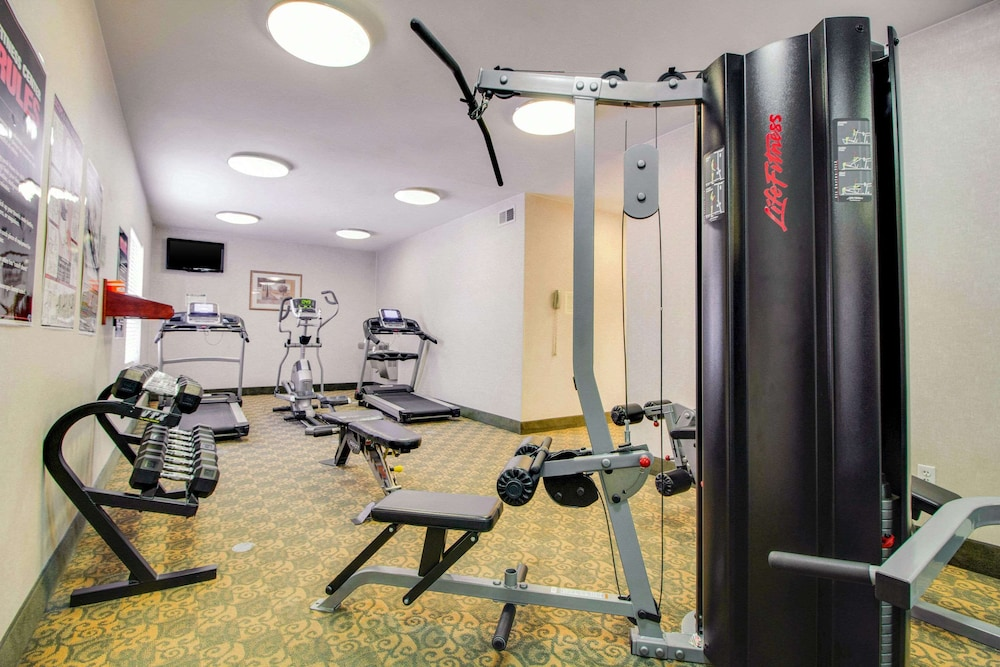 Fitness Facility, Mainstay Suites by Choice Hotels - TX Medical Ctr / Reliant