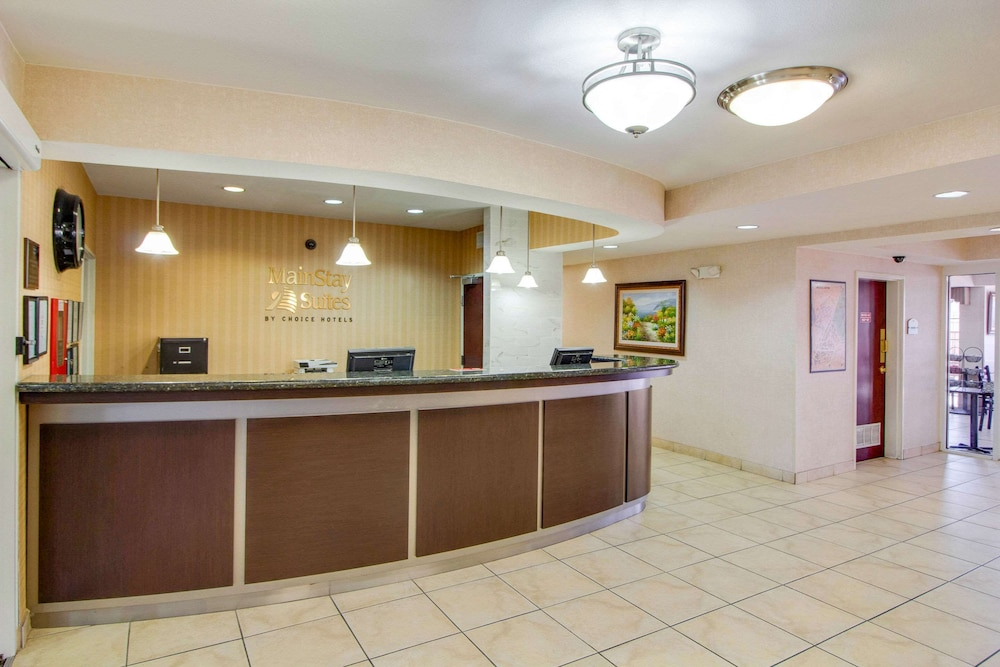 Lobby, Mainstay Suites by Choice Hotels - TX Medical Ctr / Reliant