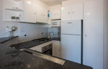 2 Bedroom Deluxe - In-Room Kitchen