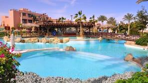 14 piscine all'aperto