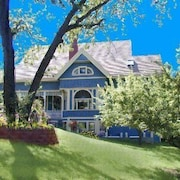 Robins Nest Bed & Breakfast