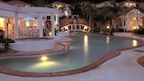 Royal Woods Resort - Ashmore Hotels