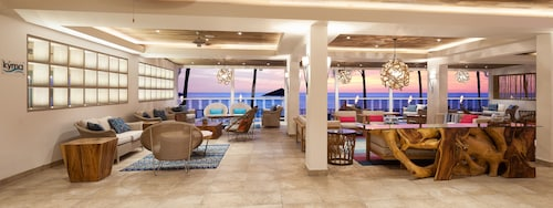 Waves Hotel & Spa by Elegant Hotels - All Inclusive