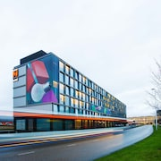citizenM Schiphol Airport Hotel