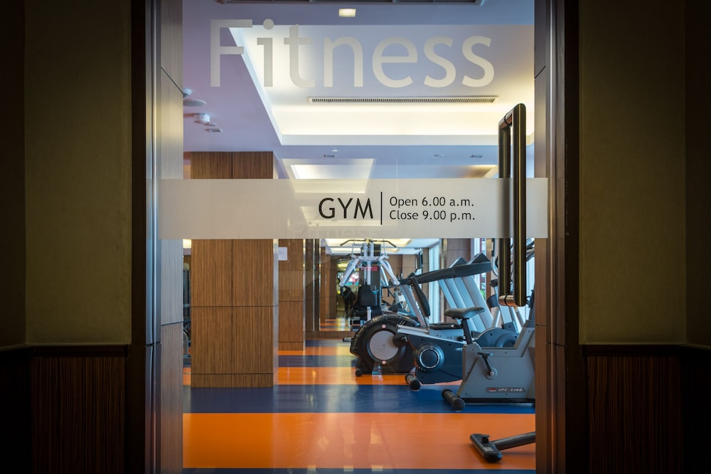 Gym, Legacy Suites Hotel