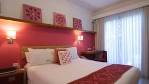 Biancheria da letto di alta qualità, copriletto in piuma, minibar