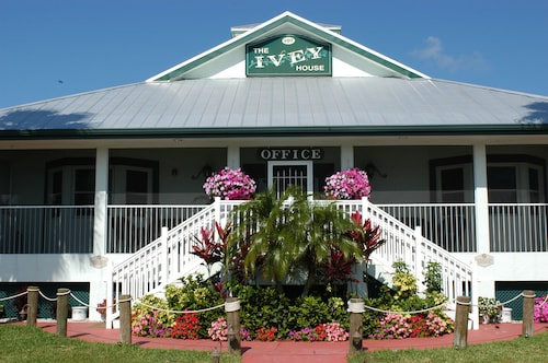 Great Place to stay Ivey House near Everglades City