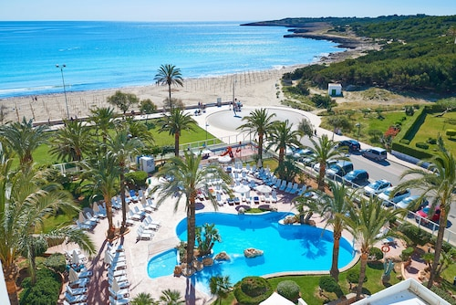 Hotels Near Punta De N Amer In Sant Llorenc Des Cardassar From 112