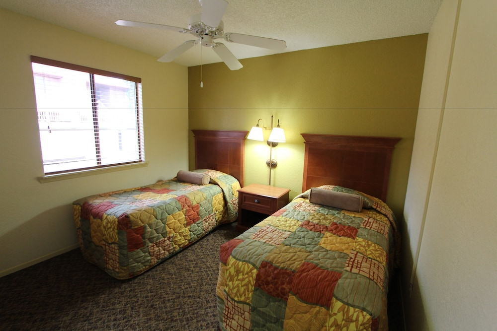Room, Crown Point Condominiums, a VRI resort