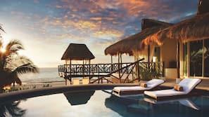 14 outdoor pools