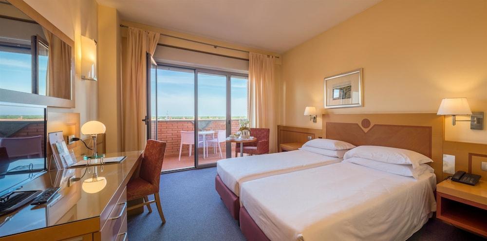 Best Western Hotel I Triangoli Via Ermanno Wolf Ferrari