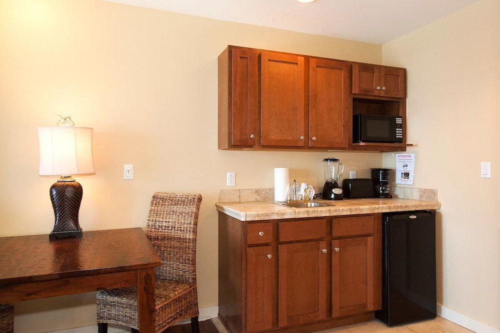 Private Kitchenette, Origin At Seahaven