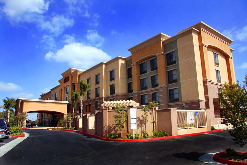 Exterior, Hampton Inn & Suites Seal Beach