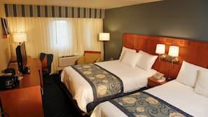 1 bedroom, premium bedding, Tempur-Pedic beds, in-room safe