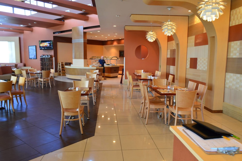 Restaurant, Courtyard by Marriott Aguadilla