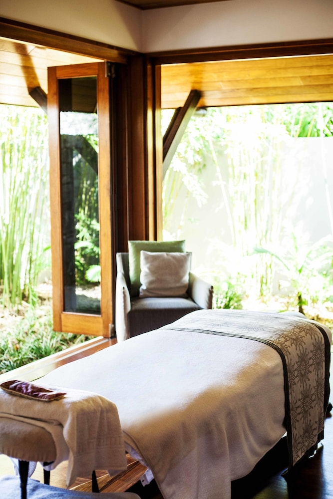 Treatment Room, qualia