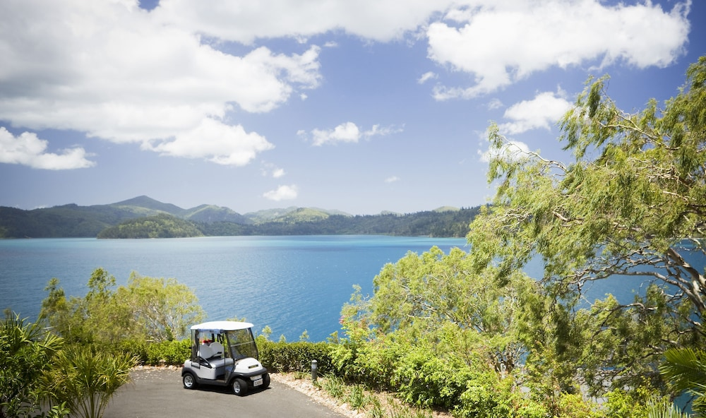 Property Grounds, qualia