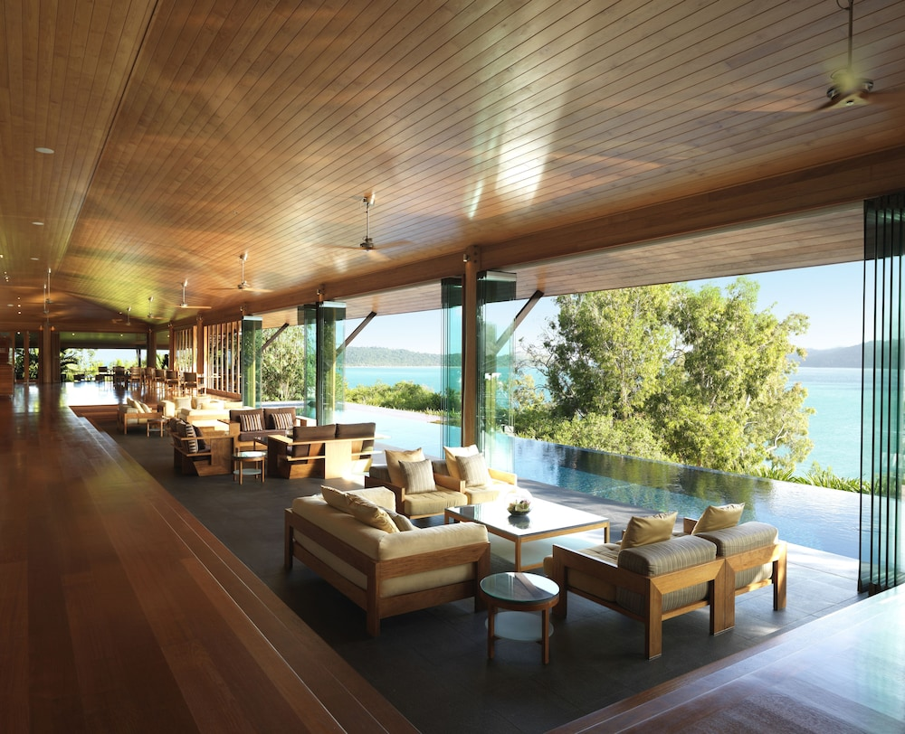 Lobby Sitting Area, qualia