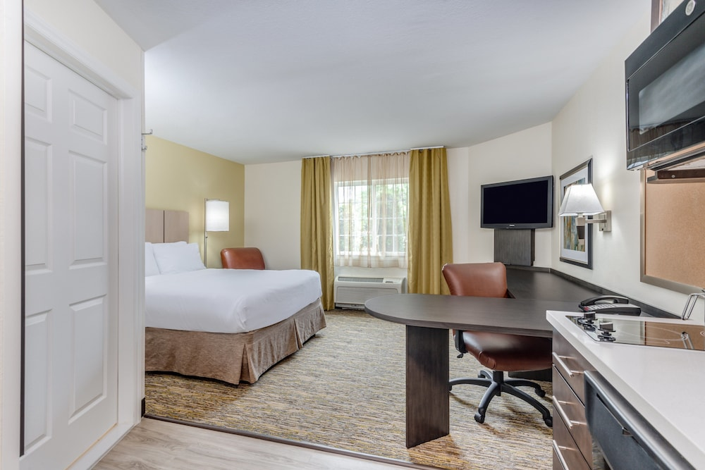 Room, Candlewood Suites Secaucus - Meadowlands